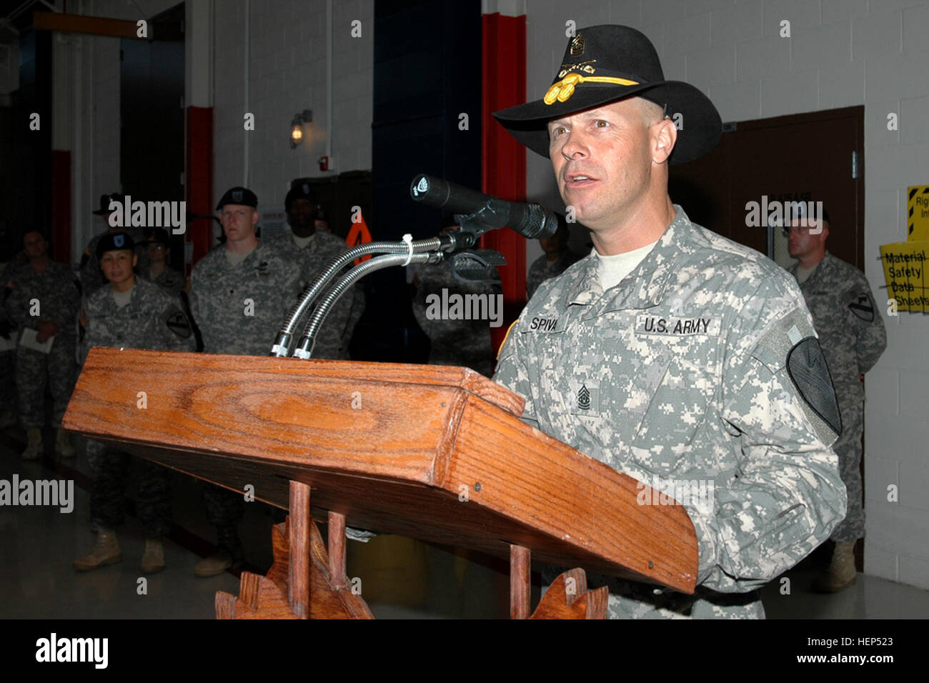 Sutter Creek, Calif., native Command Sgt. Maj. Scott Spiva, outgoing command sergeant major of the 1st Air Cavalry - Stock Image