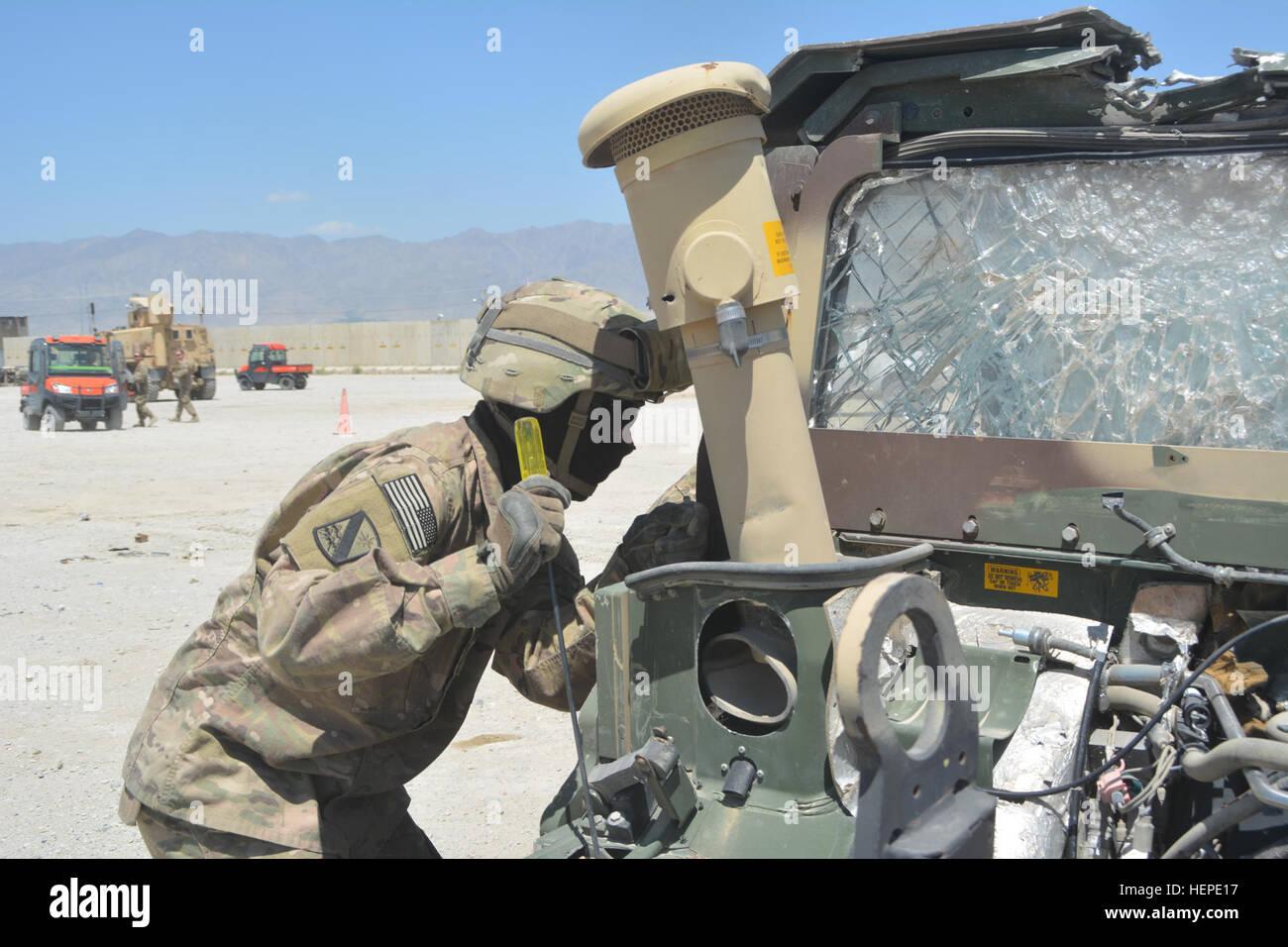 Spc Ramir Baysa 802nd Ordnance Company A U S Army Reserve Unit Stock Photo Alamy
