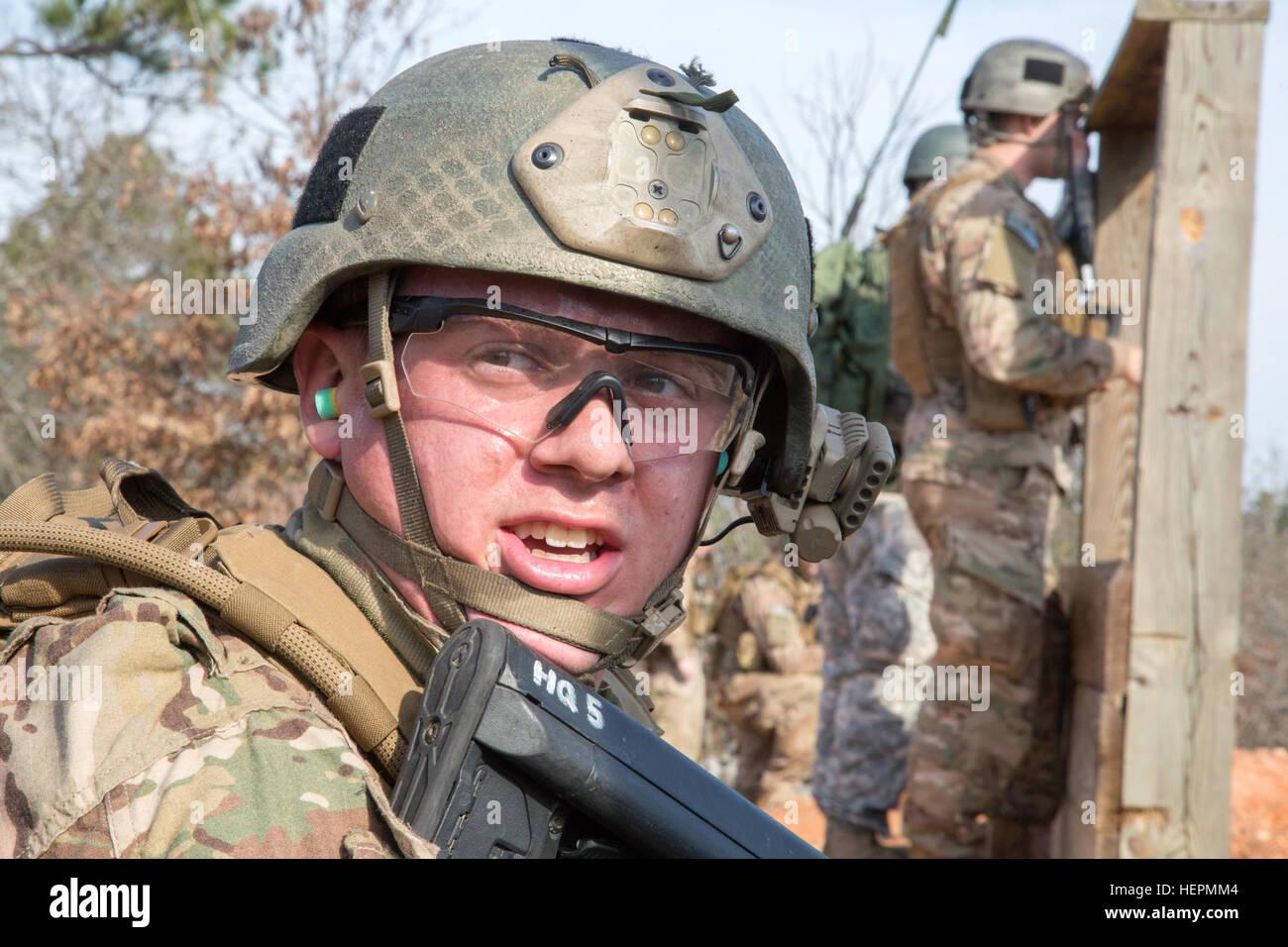 U S  Army soldiers, infantryman assigned to Pathfinder