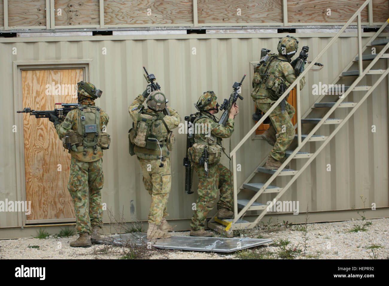 Soldiers from 8th Platoon, C Company, 1st Battalion, Royal ...