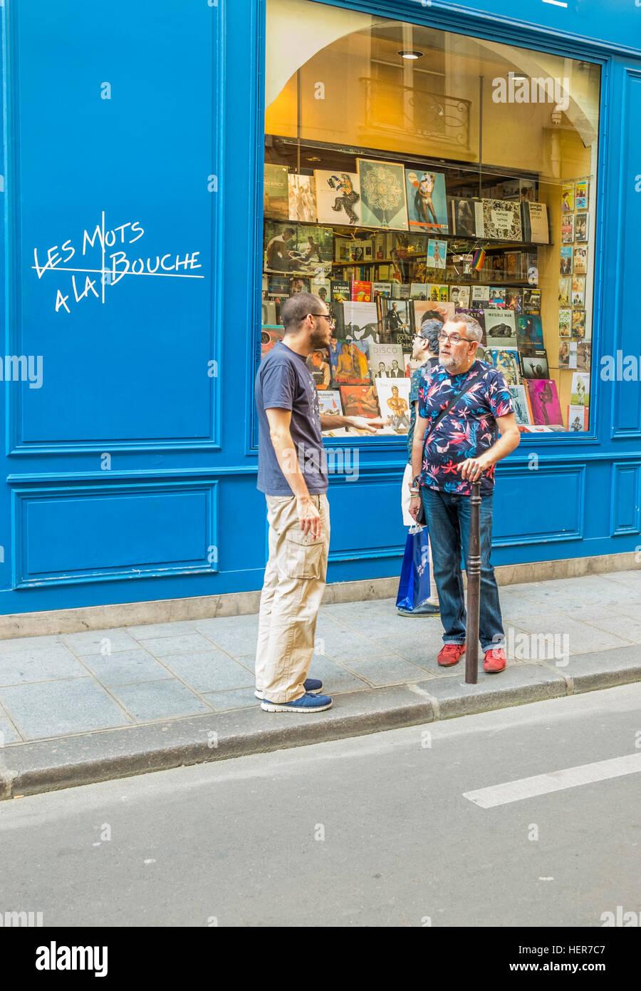 street scene in front of les mots a la bouche, gay bookstore - Stock Image