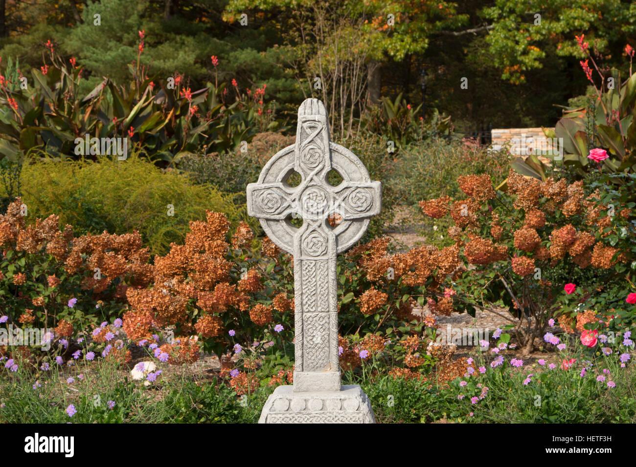 Cross in Irish Garden, Wickham Park, Manchester, Connecticut Stock ...