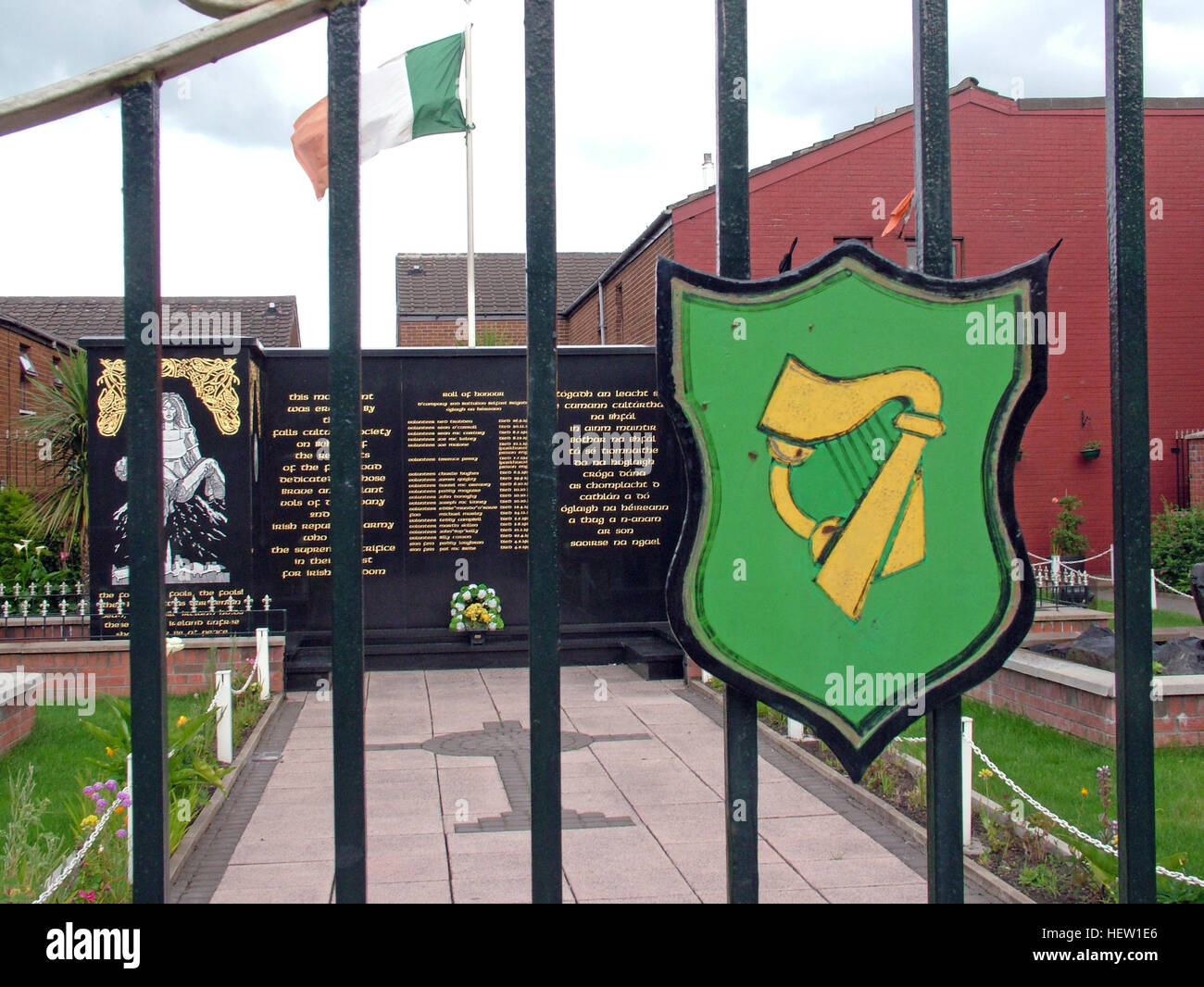 Belfast Falls Rd Republican Peace Garden Gates, with Eire Harp symbol - Stock Image