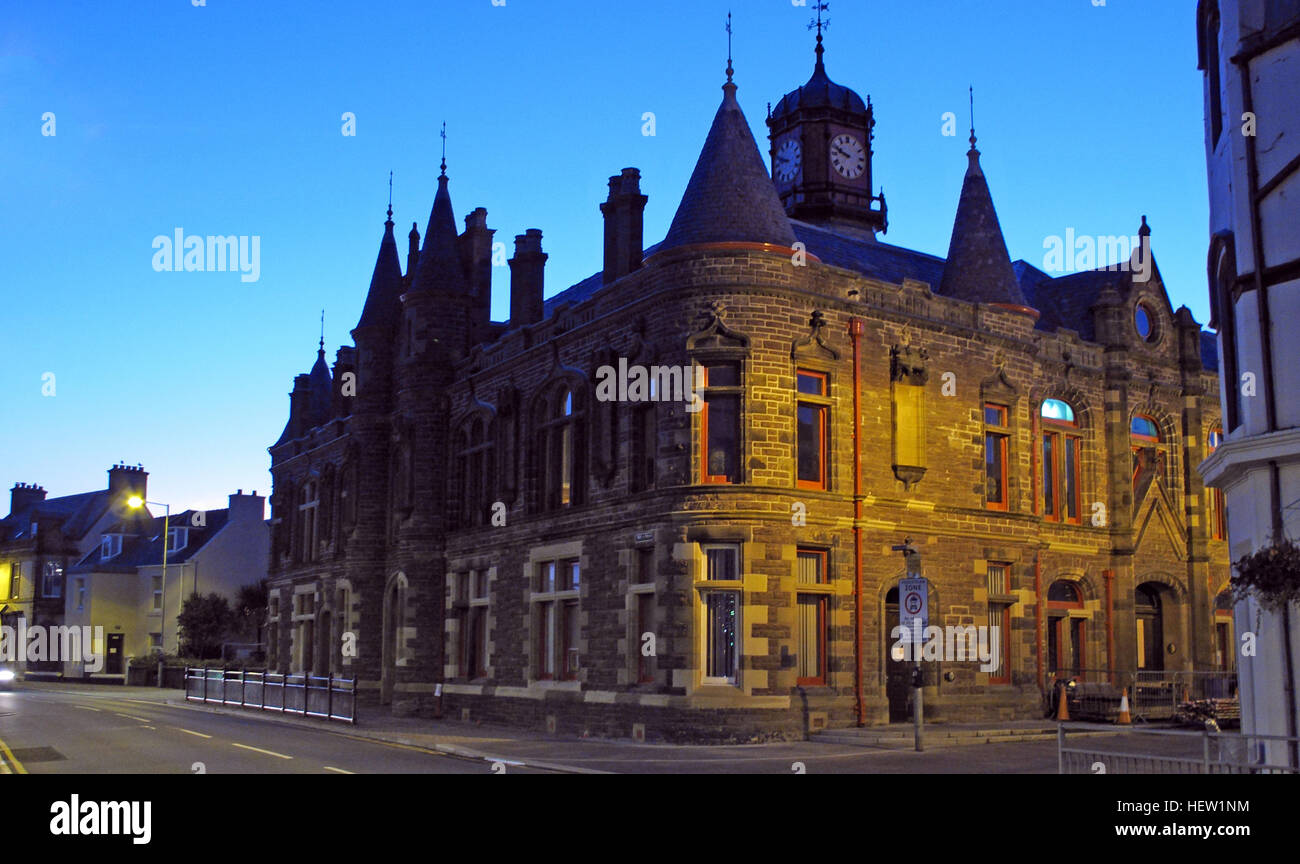Stornoway Town Hall at Dusk, Isle Of Lewis, Scotland, UK - Stock Image