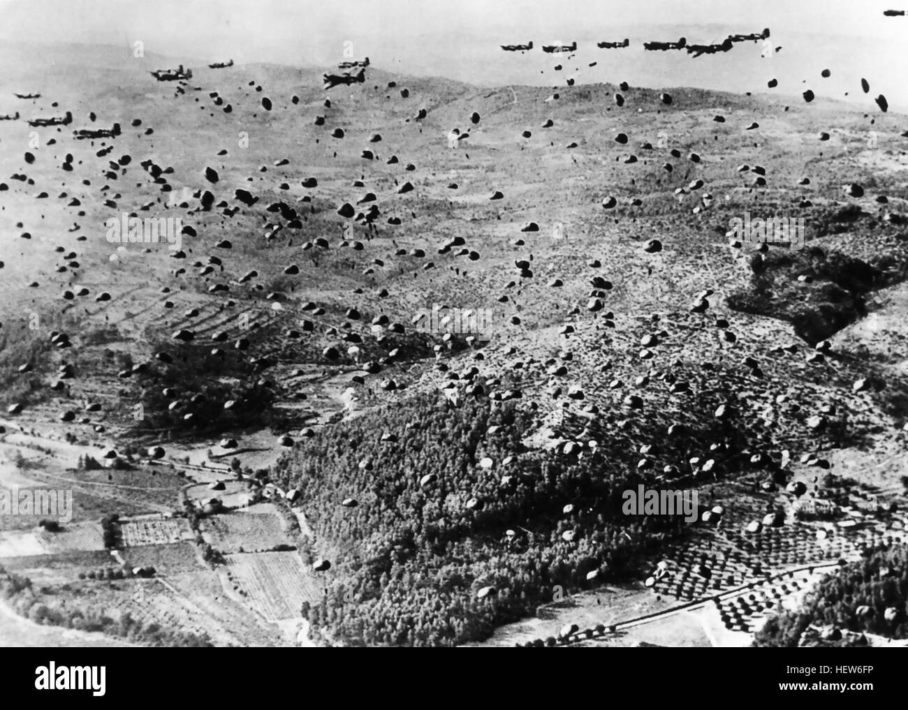 OPERATION DRAGOON 15 August 1944. Paratroopers from the  Ist Airborne Task Force dropping from Dakotas on one of - Stock Image