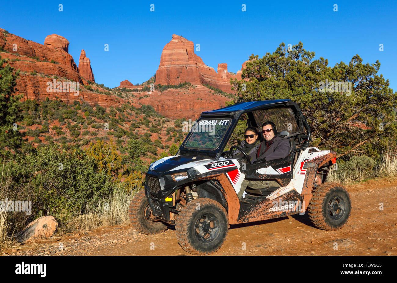 Tourists in rented ATV at Schnebly Hill road in Sedona - Stock Image