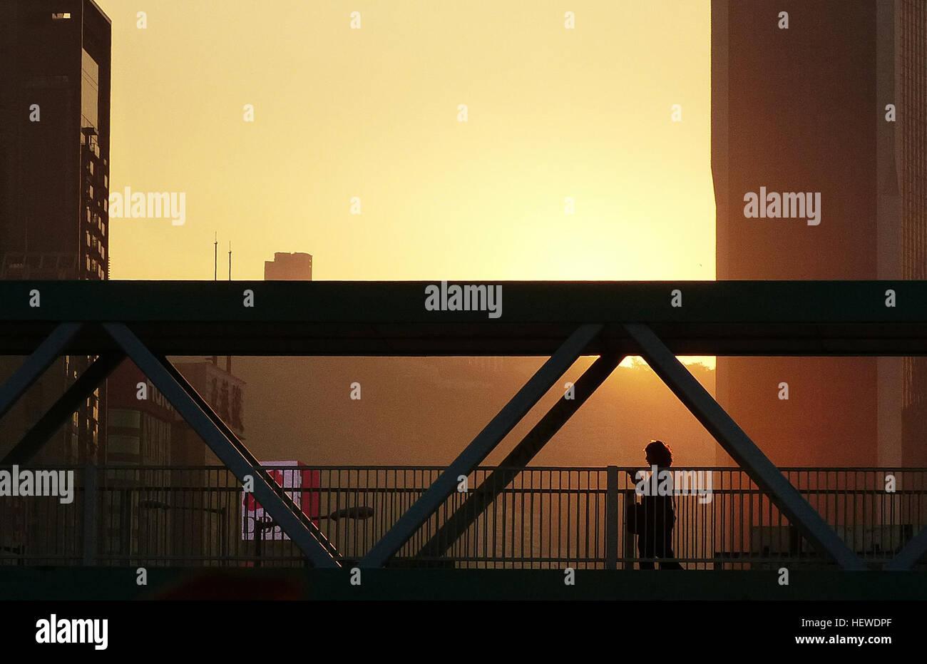 ication (,),Bridge Camera,Lumix FZ200,bridge,shadow,sunset,super zoom - Stock Image