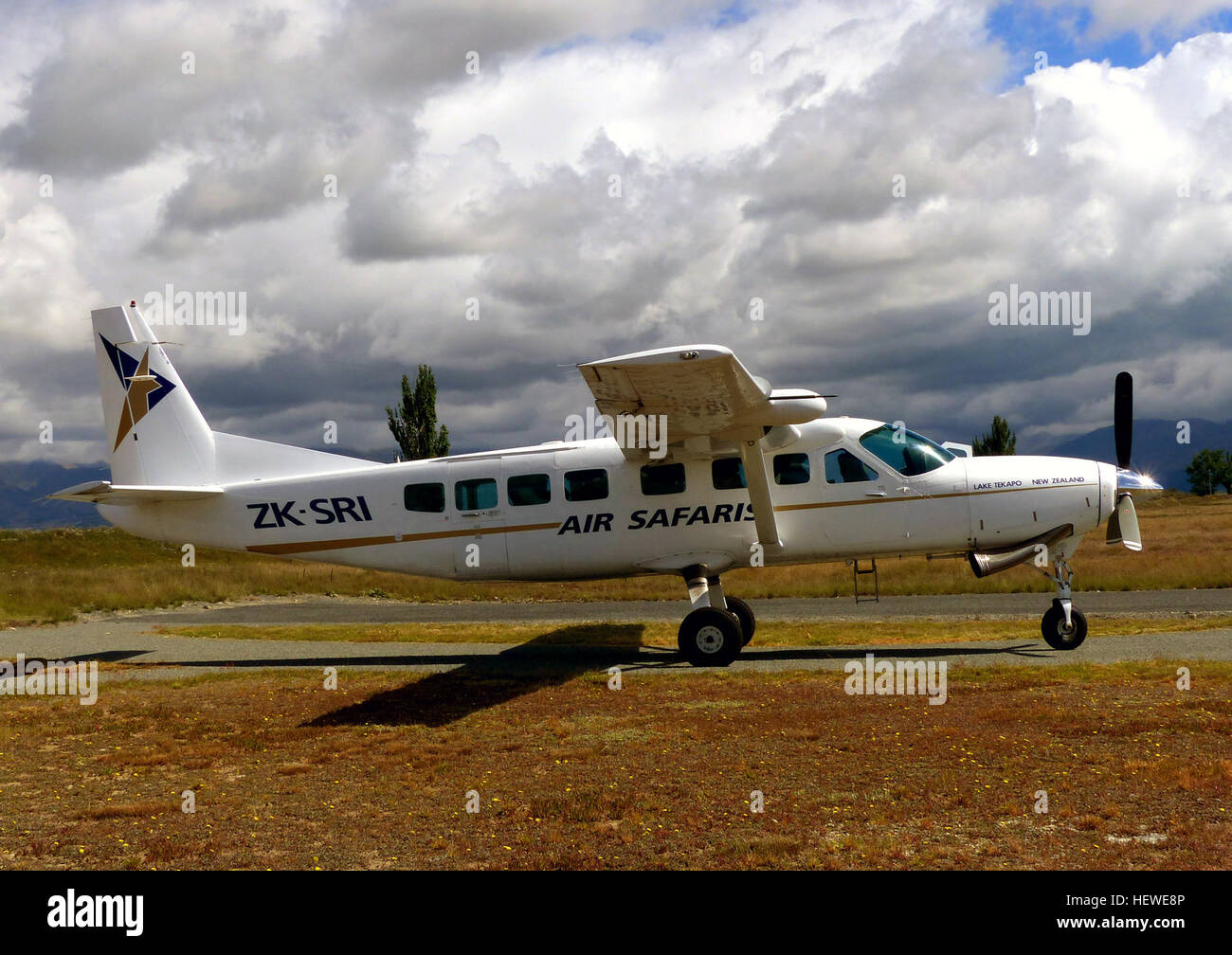 Air Safaris is a New Zealand scenic flight and air charter company based at the Lake Tekapo Airport located 2.8 - Stock Image