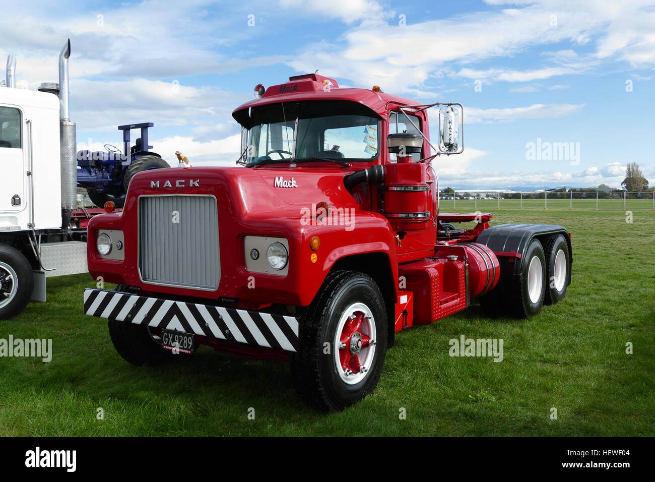 1973 Mack Tractor Truck : Christchurch truck show the mack r model was a class
