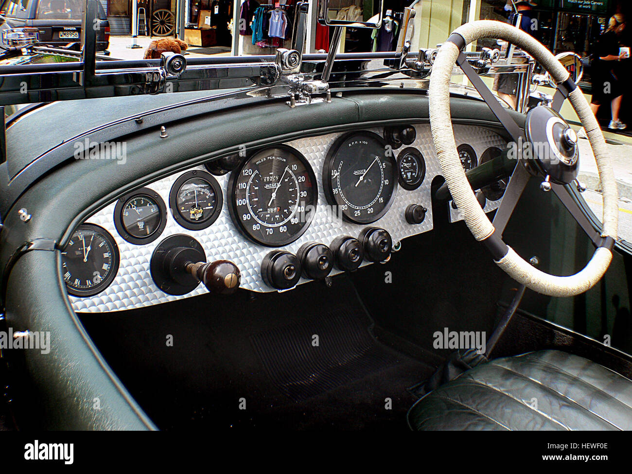 ication (,),Bentley dash board,Bridge Camera,British classic cars ...