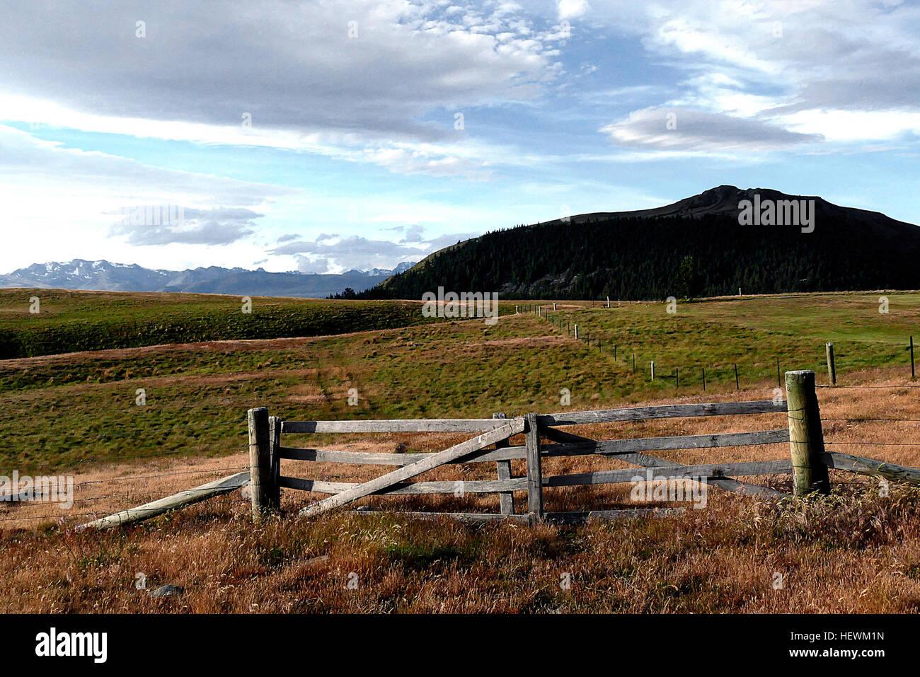 ication (,),FlickrElite,Gates,Lumix FZ1000,rual - Stock Image