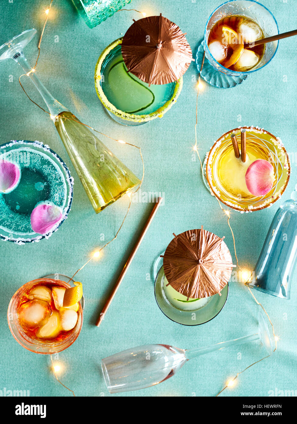 Decorative lights and party cocktails - Stock Image