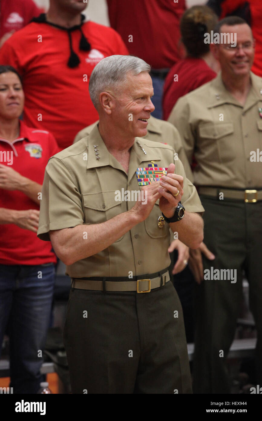 U.S. Marine General James F. Amos, Commandant of the Marine Corps cheers for the All-Marine Warrior Games Team during Stock Photo