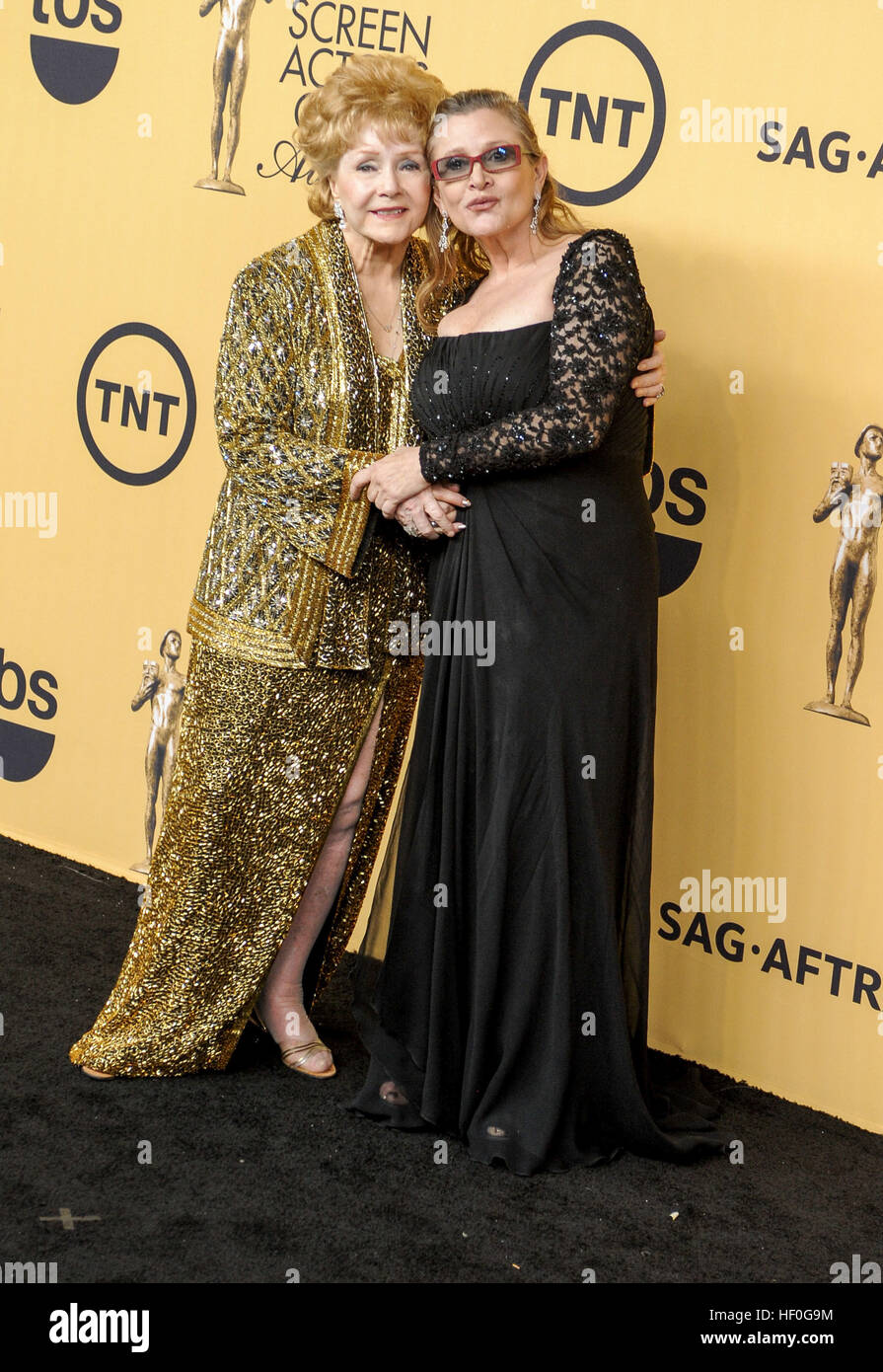 Debbie Reynolds & daughter Carrie Fisher 21.Annual Screen Actors Guild Awards 2015  25/01/2015 Los Angeles | - Stock Image