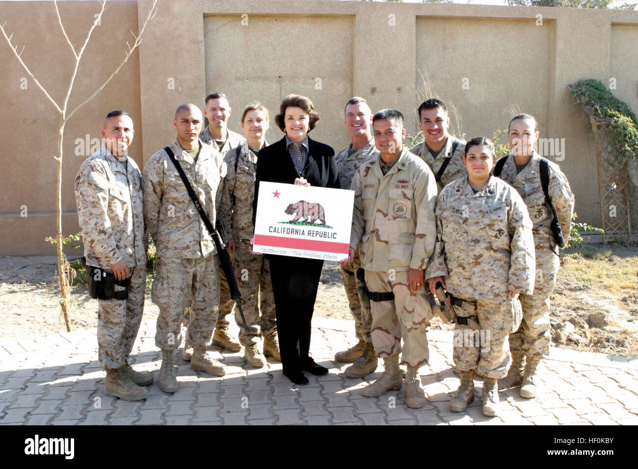 041202-M-8479B-016 Camp Fallujah, Iraq (Dec. 2, 2004) - California State Senator Dianne Feinstein, take a group - Stock Image