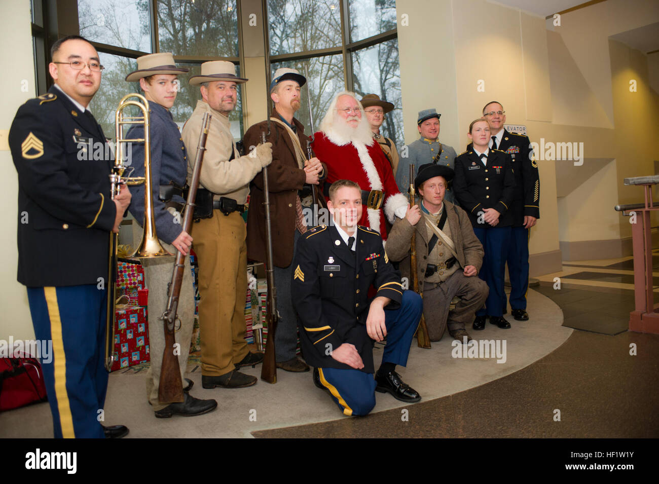 ATLANTA HISTORY CENTER AND MUSEUM, Atlanta, Ga., Dec 14, 2013 – Santa's helpers arrived in the form of Soldier and - Stock Image