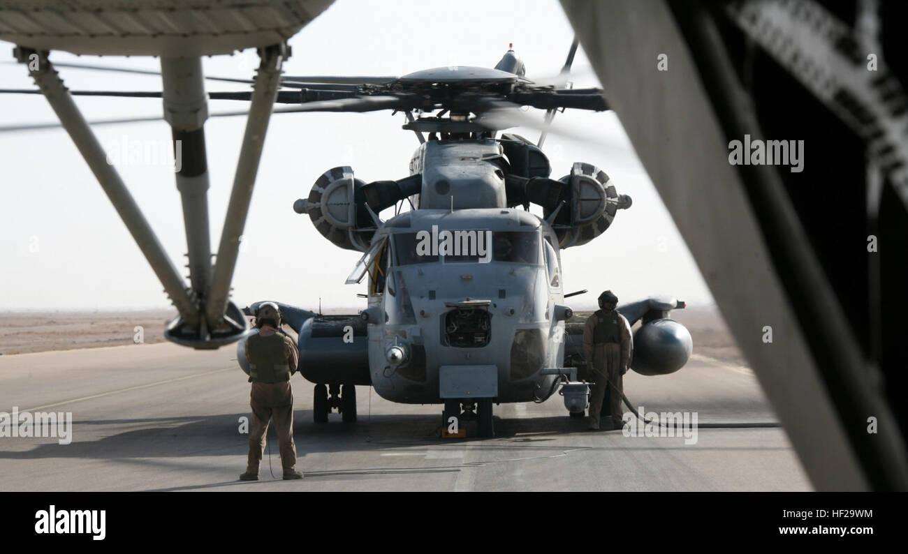 US Marine Corps CH-53E Super Stallions helicopters Iraqi Freedom I USMC