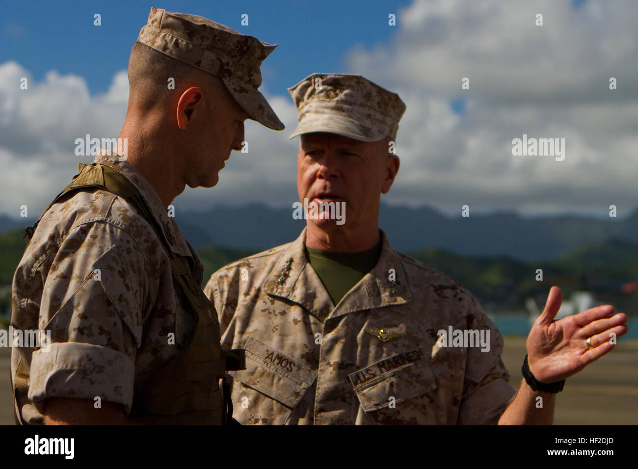 U.S. Marine Corps Gen. James F. Amos, commandant of the Marine Corps and Sgt. Maj. William T. Stables, U.S. Marine Stock Photo