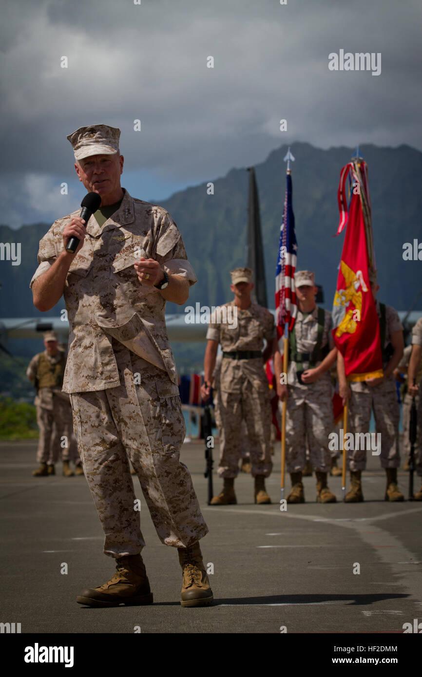 U.S. Marine Corps Gen. James F. Amos, commandant of the Marine Corps, speaks during U.S. Marine Corps Lt. Gen. Terry Stock Photo