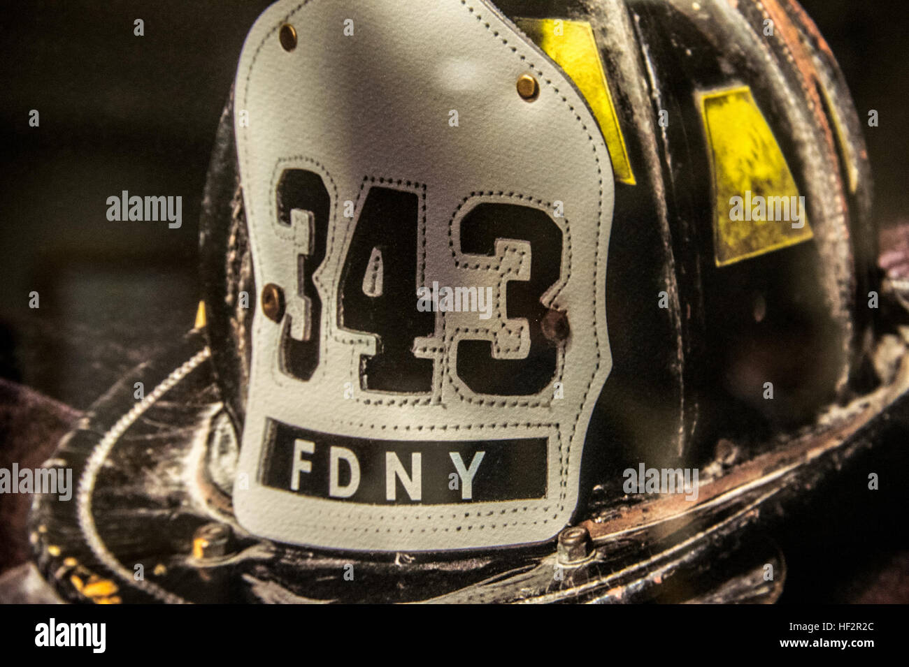 U.S. Army Chief of Staff Gen. Ray Odierno visited the Fire Department of New York (FDNY) Headquarters during his - Stock Image