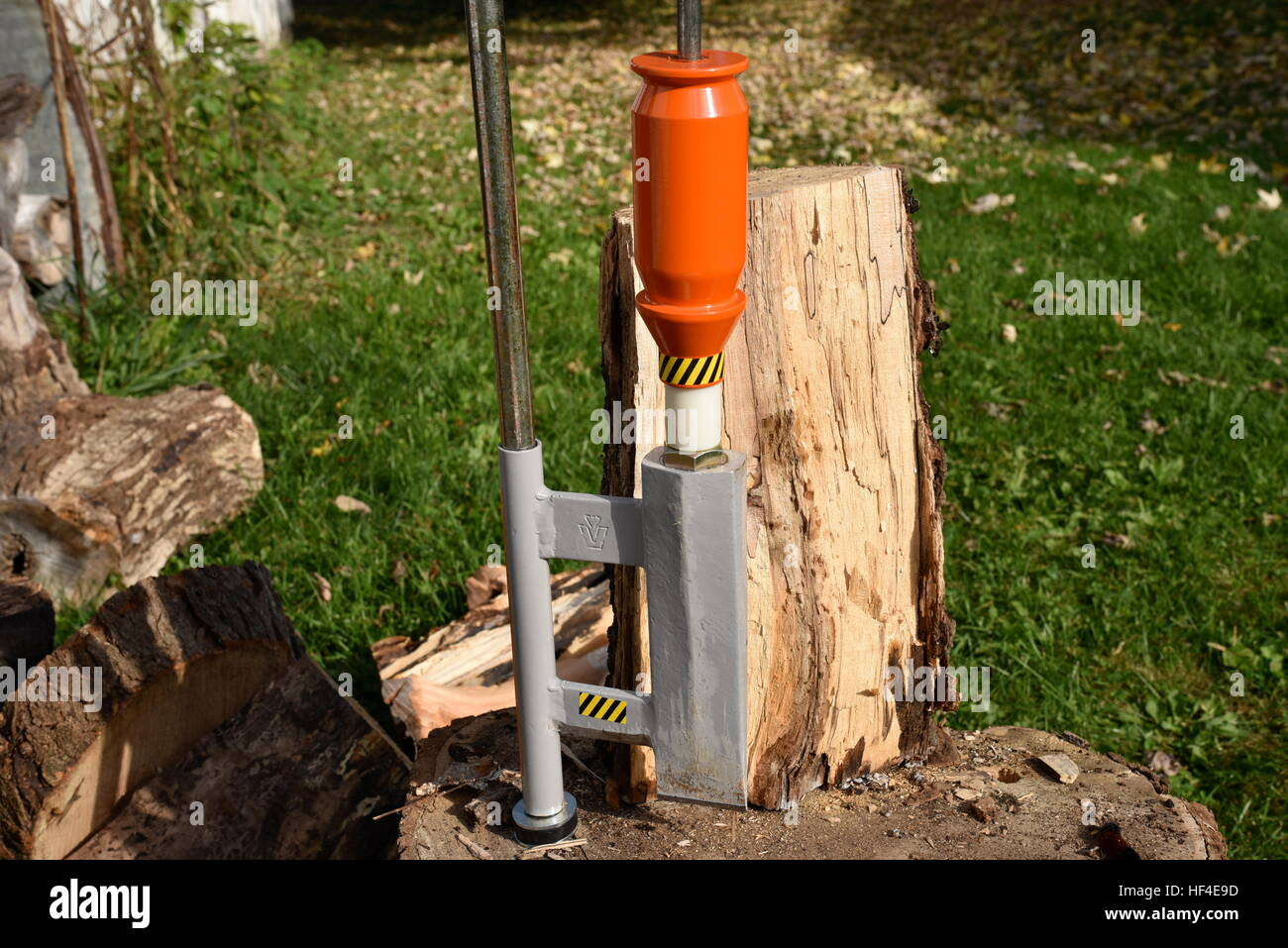 Smart Splitter for safely and efficiently splitting wood for heating a home. - Stock Image