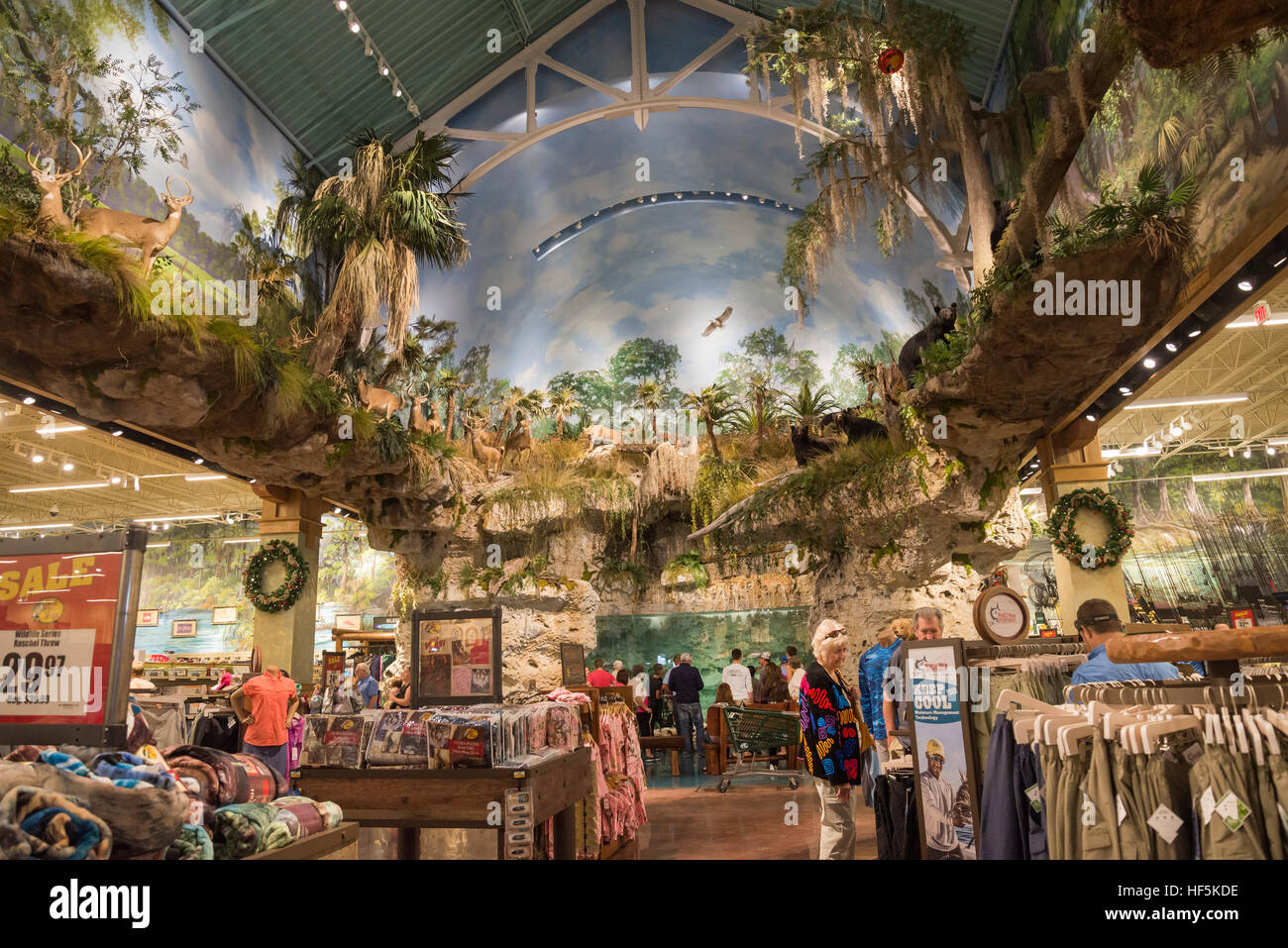 Grand opening of bass pro shops sportsman center for Fishing in gainesville fl
