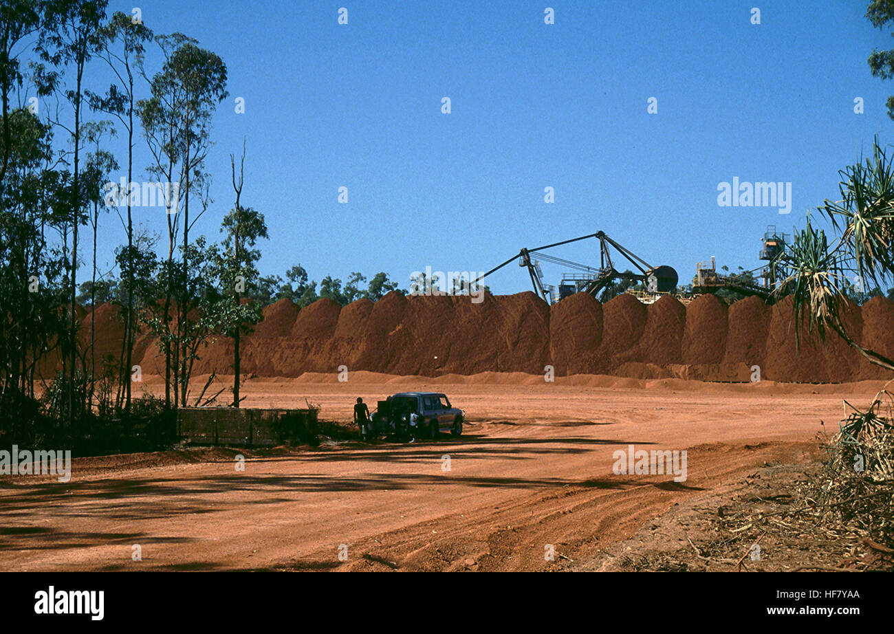 The Comalco bauxite mine; Weipa, Cape York Peninsula, Queensland, Australia.  The Weipa mine is one of the largest - Stock Image
