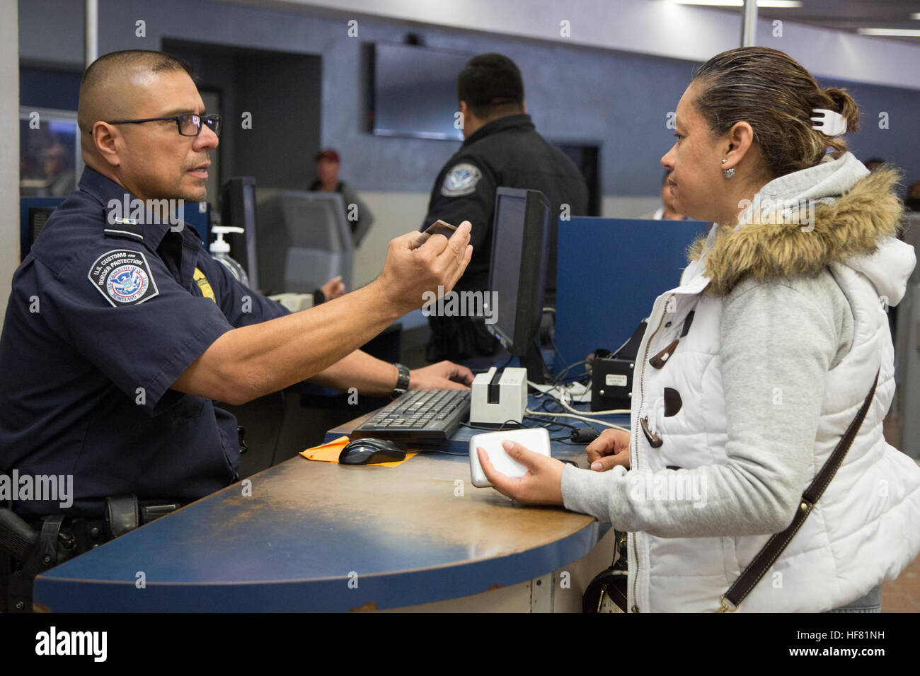 How to Go Through U.S. Customs How to Go Through U.S. Customs new pictures