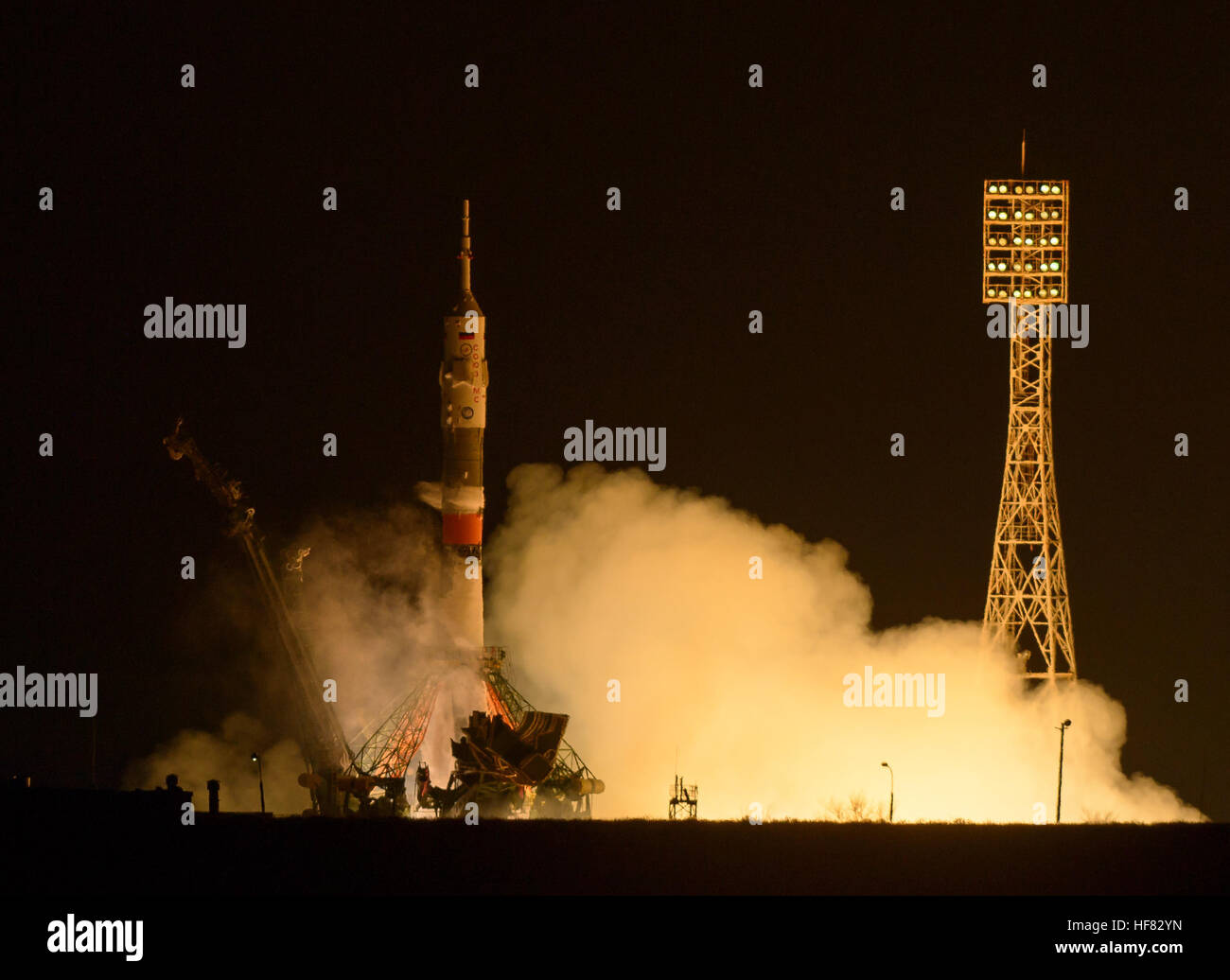 The Soyuz MS-03 spacecraft launches from the Baikonur Cosmodrome with Expedition 50 crewmembers NASA astronaut Peggy - Stock Image
