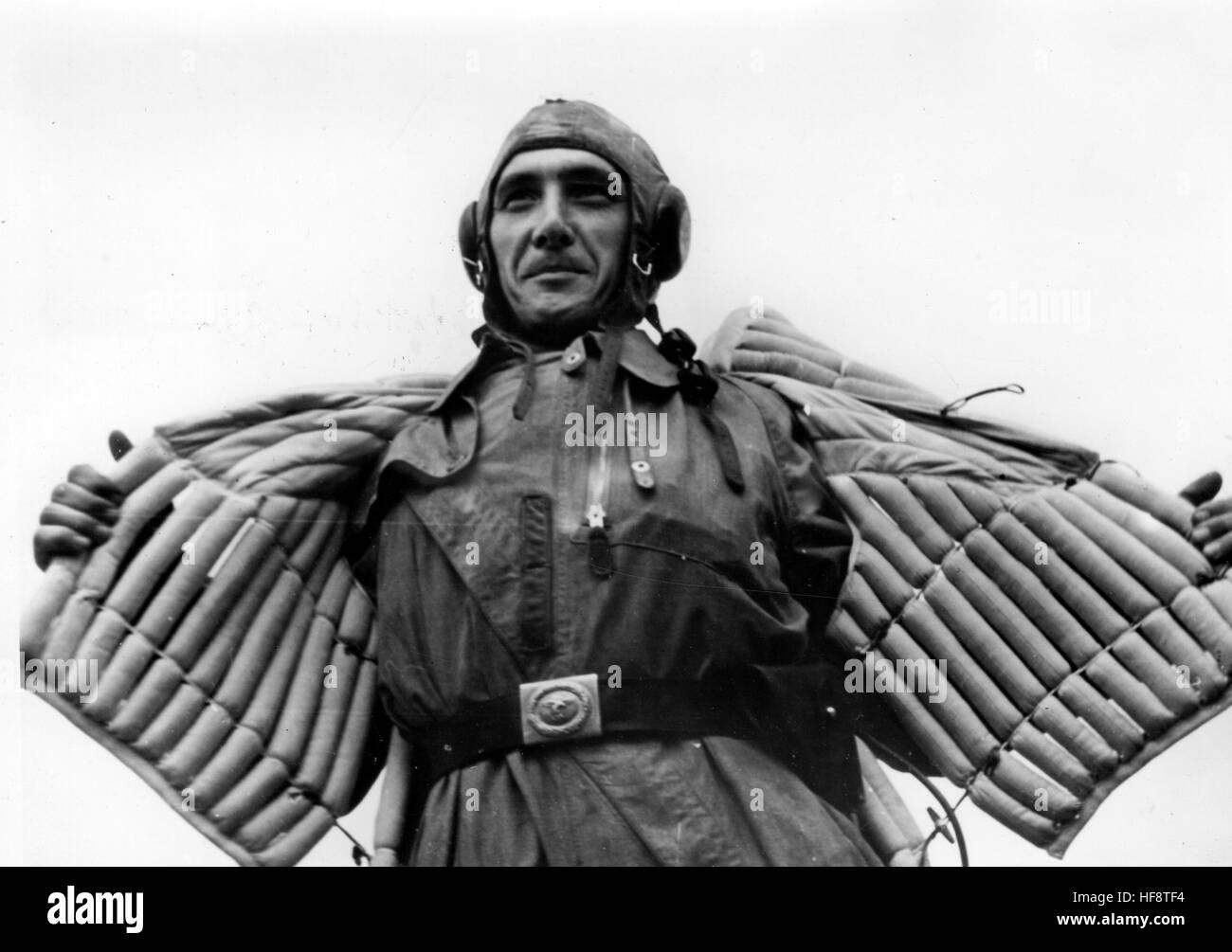 A Luftwaffe Pilot Uniform Stock Photos & A Luftwaffe Pilot