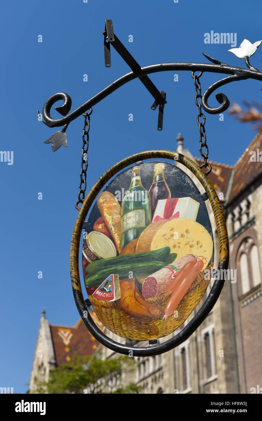 Aushaengeschild Restaurant, Burgberg, Budapest, Ungarn, Signboard restaurant, castle mountain, Hungary - Stock Image