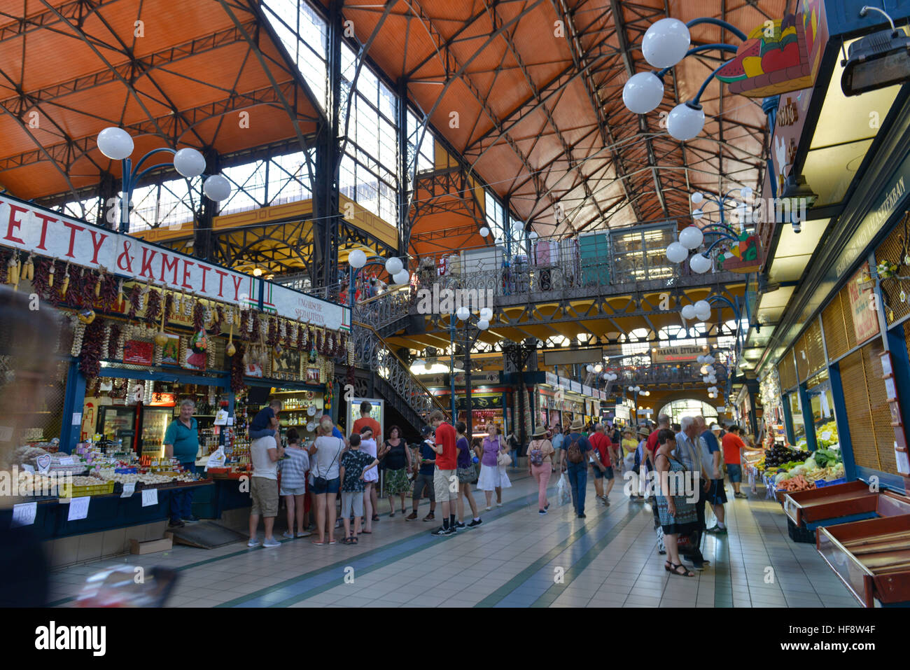 Grosse Markthalle, Budapest, Ungarn, Big covered market, Hungarian - Stock Image