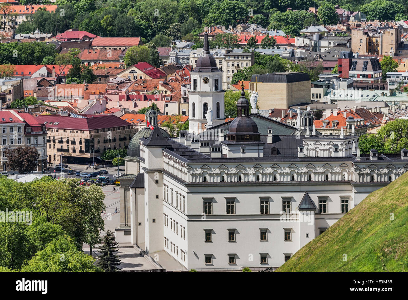 Palace of the Grand Dukes of Lithuania and the Vilnius Cathedral with the free-standing bell tower, Vilnius, Lithuania, - Stock Image