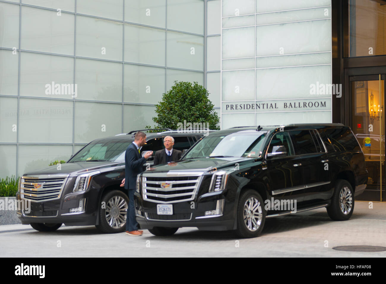 USA capital Washington DC District of Columbia side entrance Presidential Ballroom Trump International Hotel chauffeurs - Stock Image
