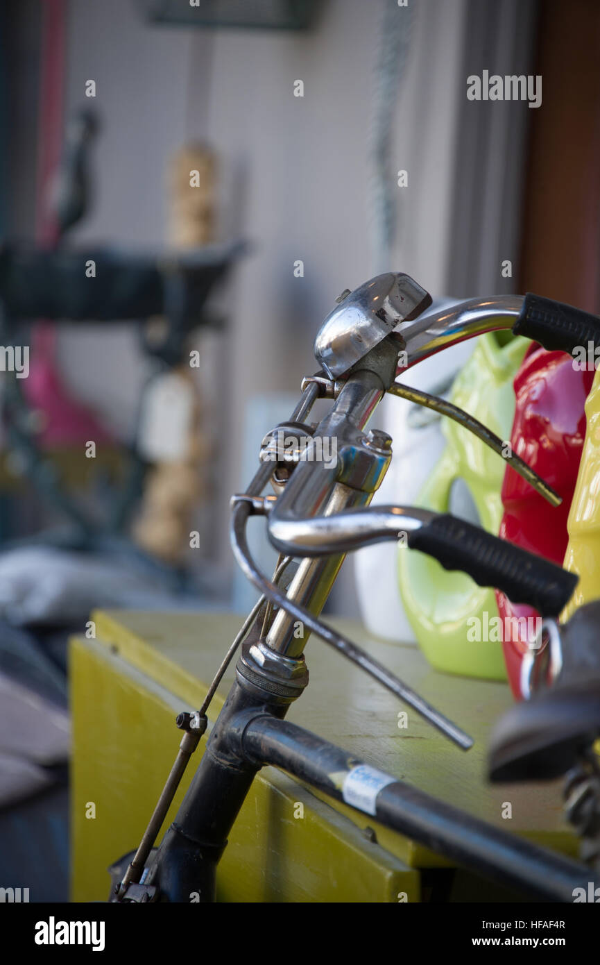 vintage bicycle handlebars with a bell - Stock Image