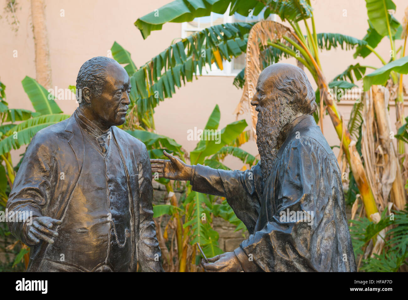 USA Statue Sons of St Augustine - Edmund Kirby Smith and family slave Alexander H Darnes first black physician in - Stock Image