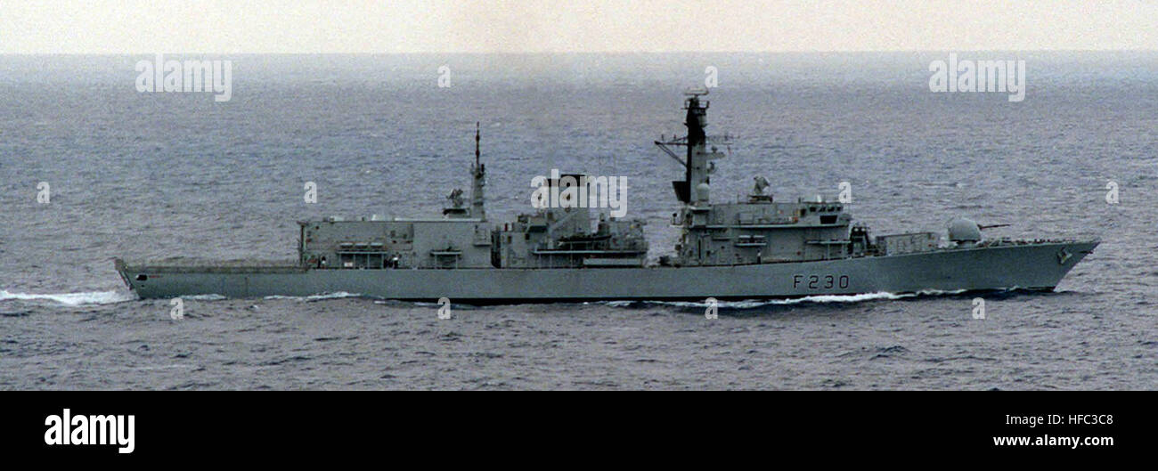 Starboard Side view of the British ship HMS NORFOLK underway during Exercise KERNEL BLITZ '97 off the Southern - Stock Image