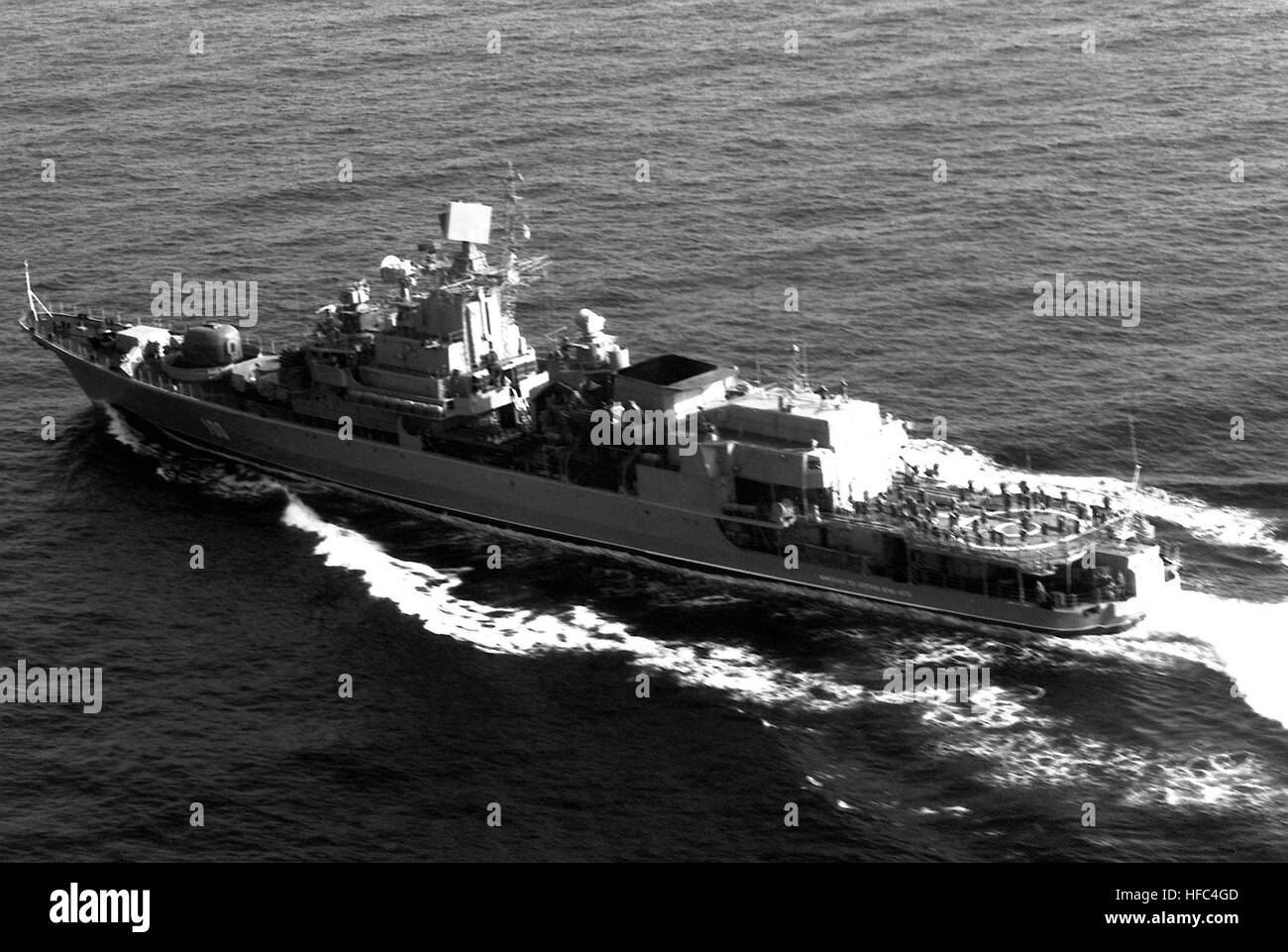 A port quarter view of the Soviet KGB Krivak III class frigate Iment 70 Lettya Vuk KGB underway. Imeni 70-letiya - Stock Image