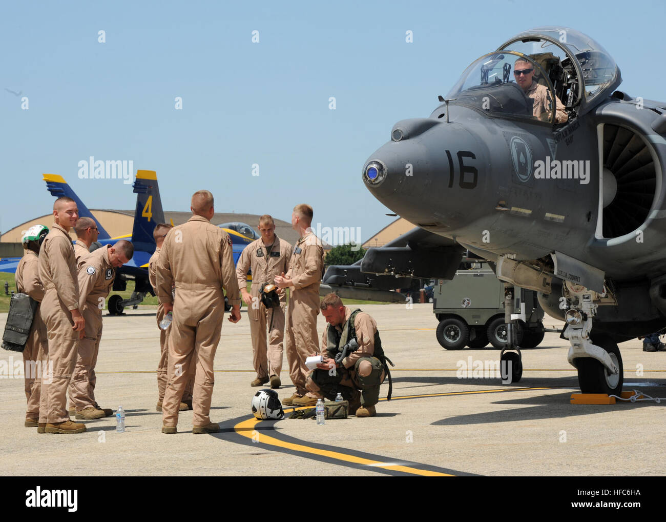 120518-N-FJ200-209  JOINT BASE ANDREWS, Md. (May 18, 2011) Capt. Adam Hamblin, assigned to Marine Attack Squadron - Stock Image