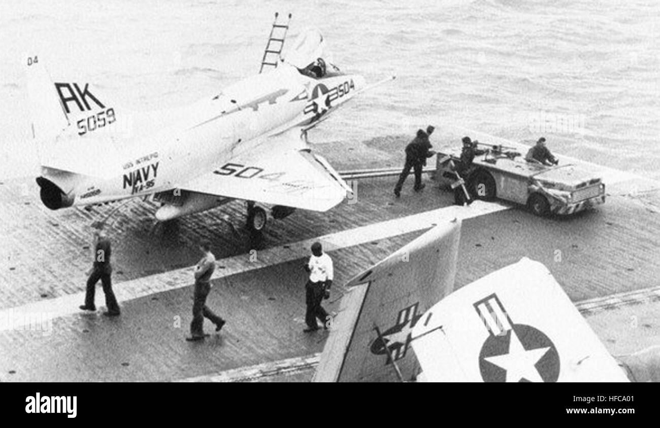 a-4b-of-va-95-on-the-flight-deck-of-uss-