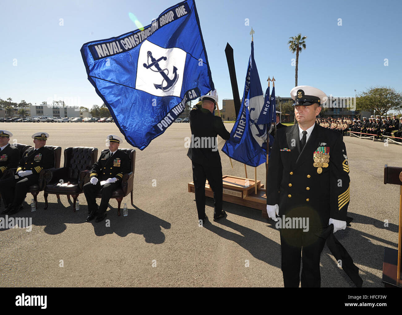 NAVAL BASE VENTURA COUNTY PORT HUENEME, Calif. (March 11, 2013) Command Master Chief Curtis Cassell, right, command Stock Photo