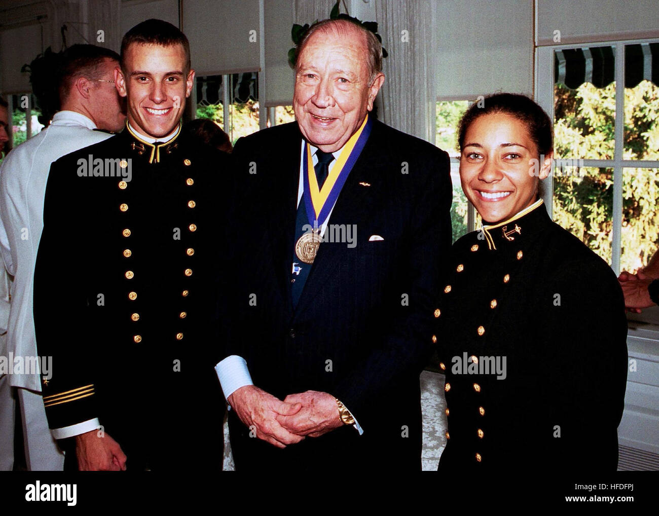 010921-N-5390M-003   ANNAPOLIS, Md.  (Sept. 21, 2001) - File photo, Former Chairman of the Joint Chiefs of Staff - Stock Image