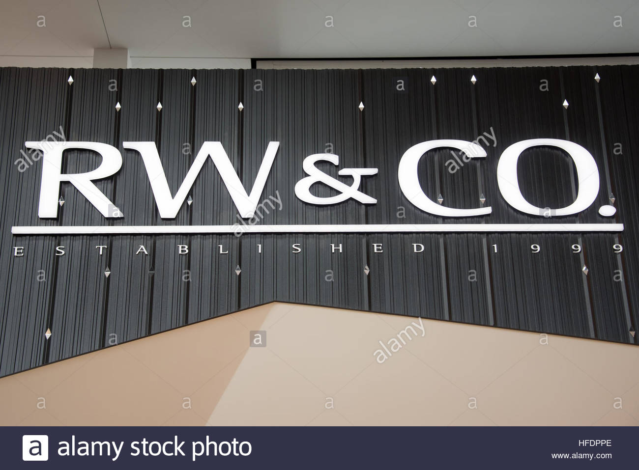 RW & Co store signage. RW & Co is a clothing store for men and women. - Stock Image