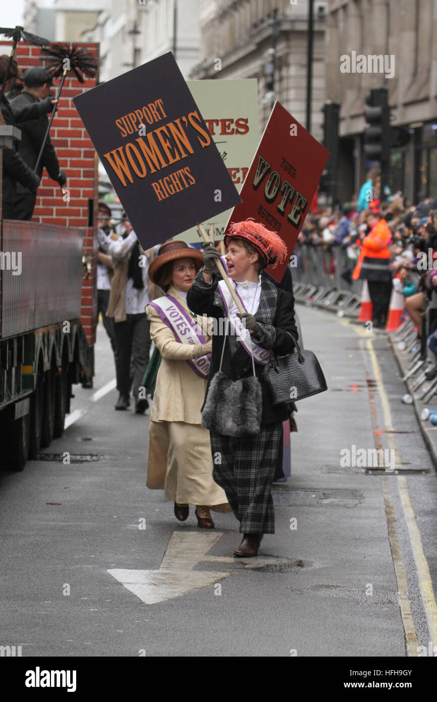 London, UK. 1st January 2017. Performers from the City of Westminster float dressed as 'Suffragette' participating Stock Photo