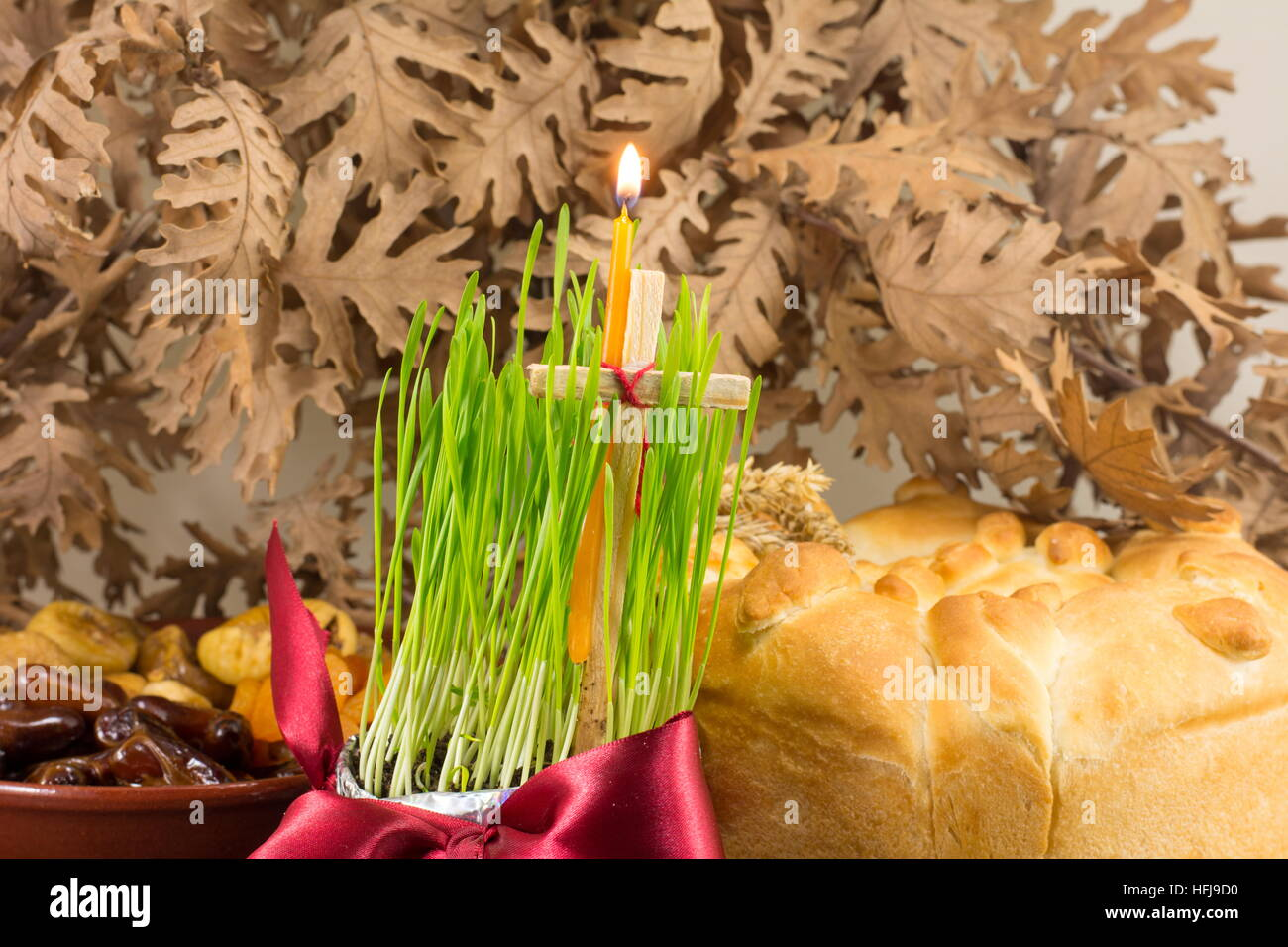 Weihnachten Orthodox.Orthodox Christmas Offerings With Growing Green Wheat Stock Photo