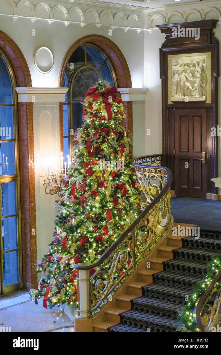 Holiday Decorations at the Lotte New York Palace Hotel, NYC, USA ...