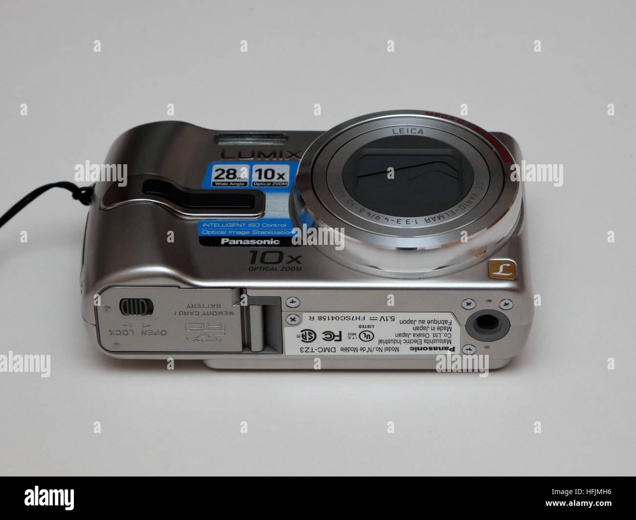 Panasonic Lumix DMC-TZ3 7.2Mpx Digital compact camera showing underside - Stock Image