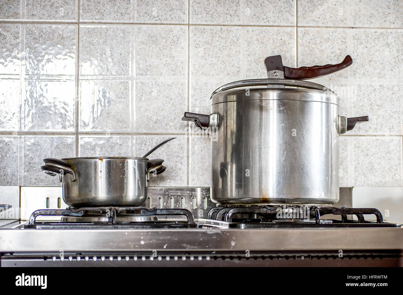 pressure cooker kitchen - Stock Image