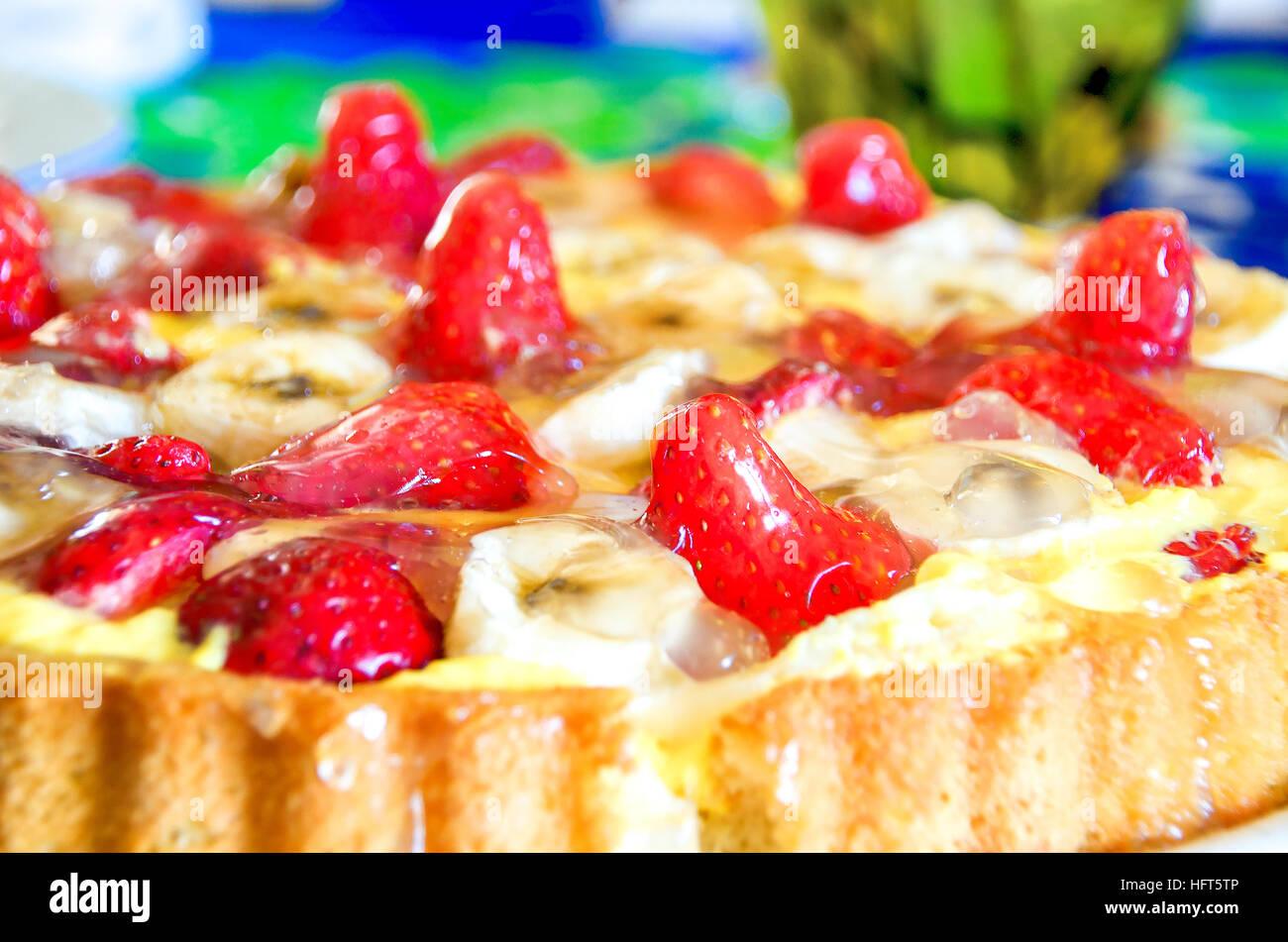 strawberries cake closeup jelly homemade recipe - Stock Image