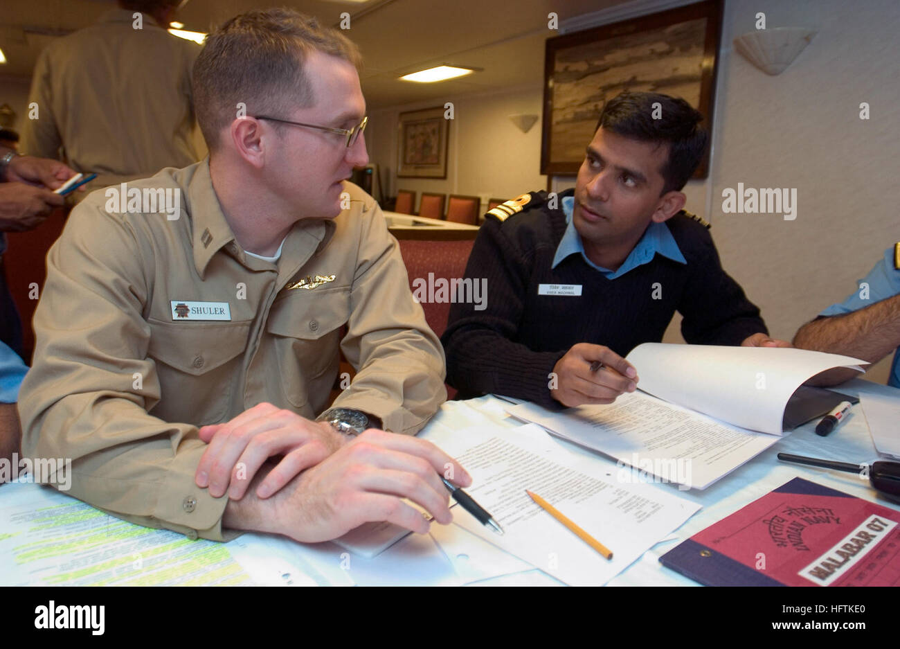 070406-N-9851B-003  PHILIPPINE SEA (April 6, 2007) - Submarine exercise planner, Lt. John Shuler, primary action - Stock Image